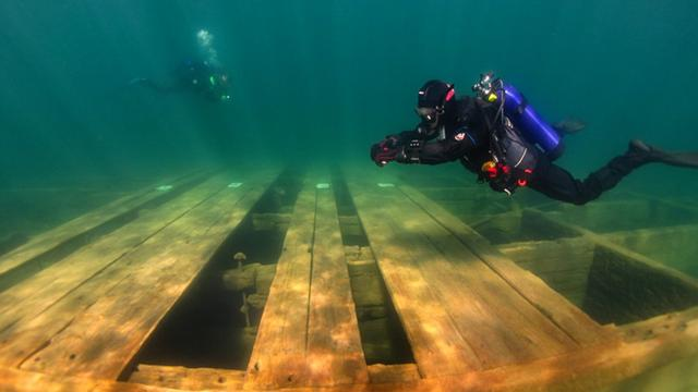 There's A Hidden Underwater Park In California Full Of Sunken Boats And Barges