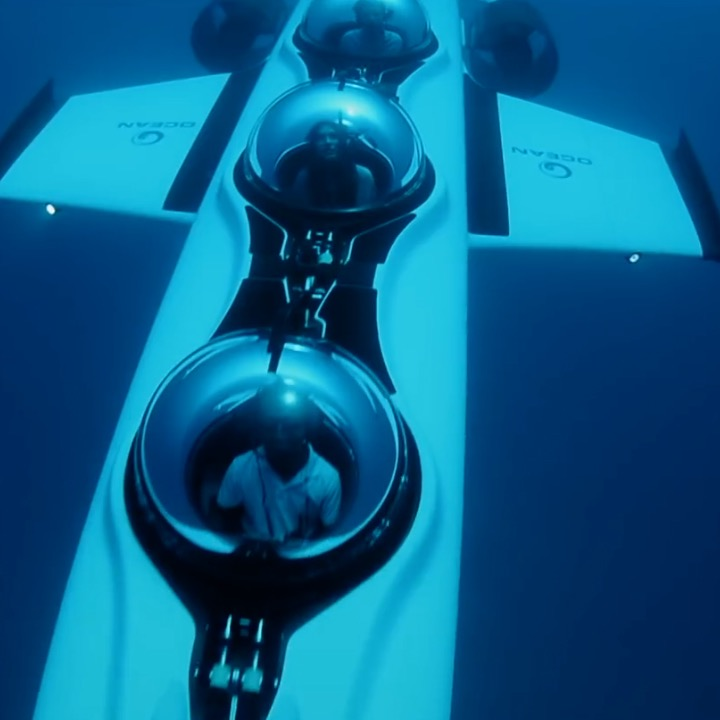 For $1,500, You Can Fly Underwater Through Maldives In Personal Submarine