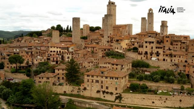 Daily Escape: Tuscan town of San Gimignano, Italy