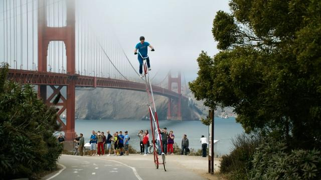 Daily Escape: San Francisco, California on a giant bicycle