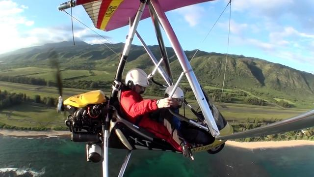 Daily Escape: Gliding over Hawaii, USA