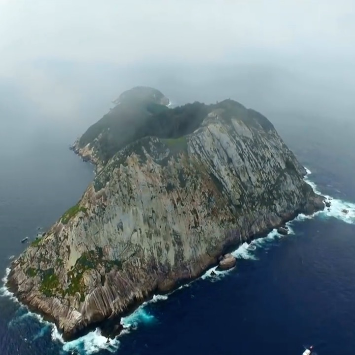 World's 6 most dangerous islands