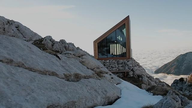 This tiny hotel touches the sky
