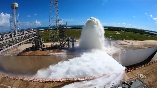 NASA's 450,000-gallon water fountain